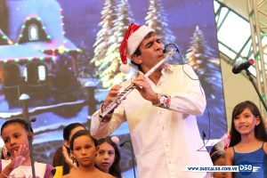 Huáscar Barradas llena de alegría a Maracaibo con su tradicional «Hallacas con Flauta»