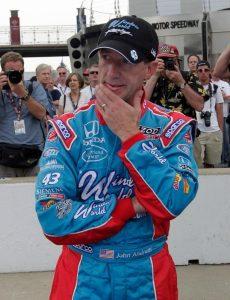Piloto de automovilismo John Andretti muere a los 56 años