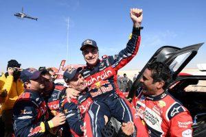 Carlos Sainz gana se tercer Dakar a sus 57 años ¡Orgullo español!