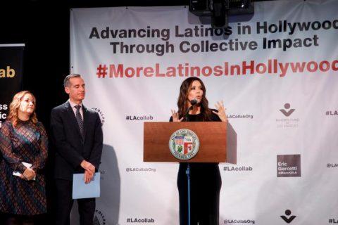 Ejecutivos y actores en pos de aumentar la representación latina en Hollywood