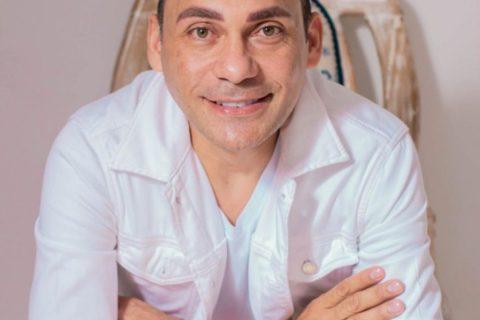 Jean Carlos Centeno le cantará a los enamorados en Maracaibo