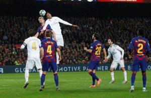 #LaLiga: Real Madrid y Barcelona se juegan la liga en medio de un andar turbio