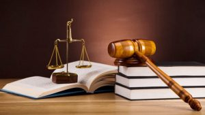 Abogado: «el arte de interpretar la Ley»