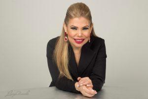 Lucy Amado lanza «Resolución de conflictos» en inglés