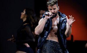 Ricky Martin abre Viña del Mar 2020 con mensaje «no se queden callados y con paz exijan lo que merecen»