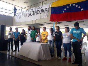 Estudiantes zulianos reafirman compromiso con la libertad de Venezuela en el Día de la Juventud