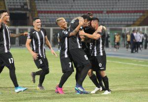 #Sudamericana: Los «Blanquinegros» pegaron primero en casa