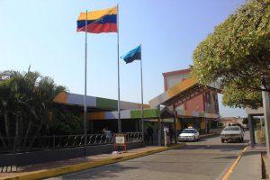 Alcalde Casanova ordena el cierre temporal del terminal de Maracaibo por cuarentena del COVID-19