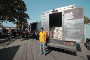 Alcalde Willy Casanova inició entrega de cajas Clap en la parroquia Raúl Leoni