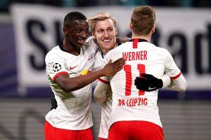 Sabitzer mete en la historia al Leipzig; Mourinho, otra vez fuera