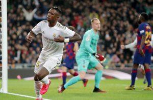 #LaLiga: Real Madrid gana el «Clásico» con un contundente 2-0 y recupera la punta