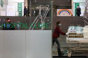 Número de muertos por coronavirus en España sube a 5.690