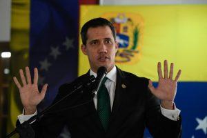 Fiscalía de Venezuela cita a Guaidó por «intento de golpe de Estado»