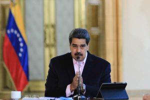 Analistas: EE.UU. da «un giro de tuerca» a la presión a Nicolás Maduro