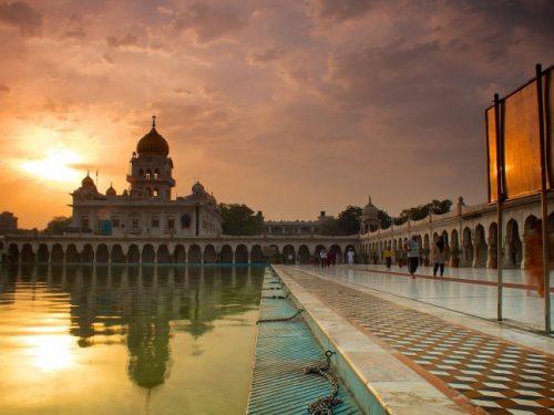 Nueva Delhi impone toque de queda nocturno para evitar reuniones de Año Nuevo