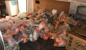 «Ruta de la Olla Solidaria» entrega bolsas de comida a comunidades