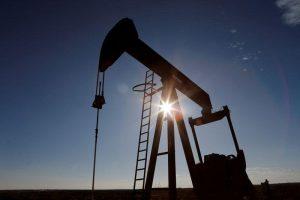 OPEP+ anuncia recorte de bombeo sin precedentes para aliviar al mercado global