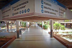 FCU-LUZ: Estudiantes universitarios zulianos no pueden ver clases a distancia por los cortes eléctricos