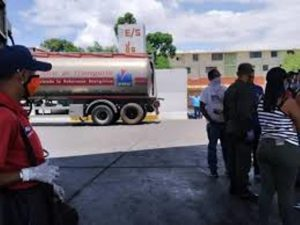 Protestan en Lara por presunta irregularidad con la gasolina