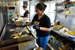 Venezolanos en Dallas se vuelven a reinventar a consecuencia de la pandemia