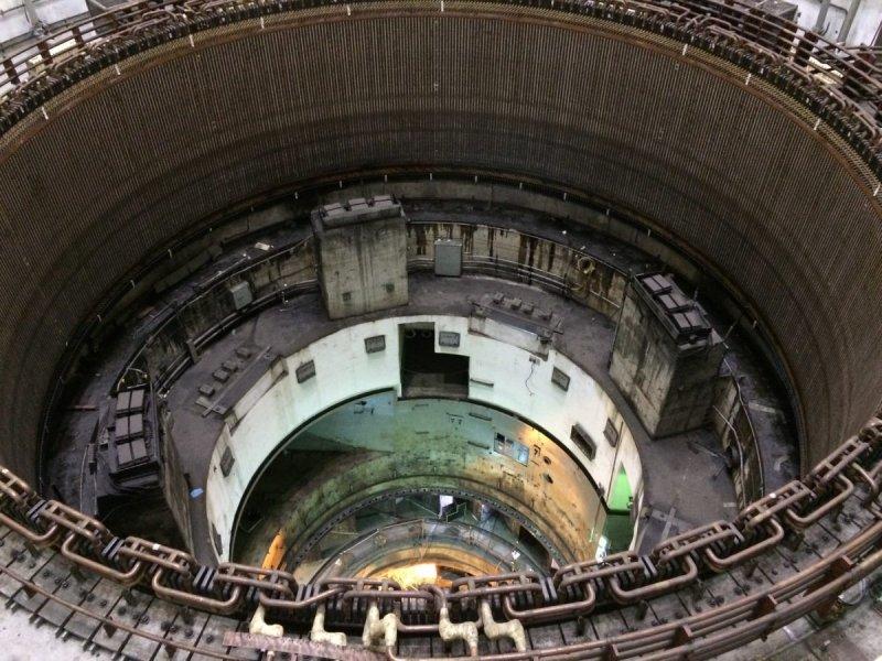 Parte interna de una de las turbinas del GURI.