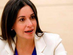 María Corina Machado: «una coalición multilateral puede desmontar a las mafias en Venezuela»