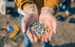 Los microplásticos, la pandemia que azota al siglo XXI