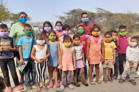 «Escribiendo Sonrisas» promueve programa alimentario en la Guajira