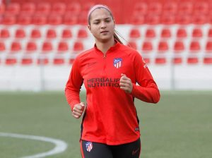 Deyna Castellanos vuelve a la acción