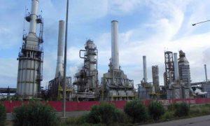 Refinería el Palito habría reiniciado producción de gasolina a 23,5% de su capacidad