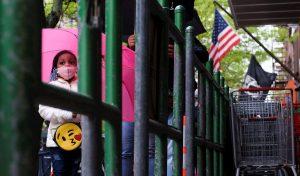 EE.UU. supera los 77.000 fallecidos y 1,28 millones de contagios por COVID-19