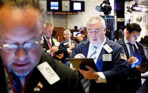Wall Street abre verde y el Dow Jones sube un 0,31 %, pendiente de estímulo