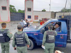 Policía Municipal de Francisco Javier Pulgar detiene a dueño de estación de servicio por alterar el orden público