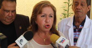 Dianela Parra: «Cinco Colegas han fallecido por COVID-19  y tenemos cuatro en UCI»