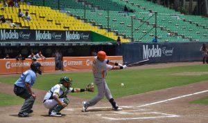 Ligas de béisbol en Mexico intercambian información para luchar contra el COVID-19