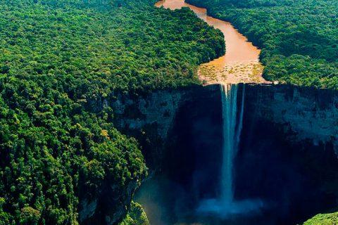 El Esequibo, la joya petrolífera en disputa entre Venezuela y Guyana