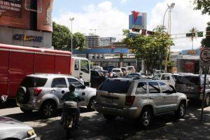 24 horas funcionarán las estaciones de servicio en la Gran Caracas