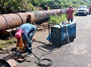 Gobierno del Zulia ejecutó reparación de tubería que distribuye agua a 4 municipios de la COL