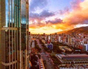 Caracas y Miranda podrían pasar a cuarentena radical