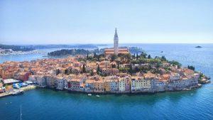 Portugal, Grecia y Croacia se «venden» como destinos «libres de virus»
