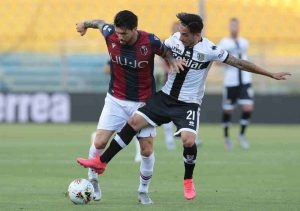 (#SerieA) Parma y Bologna empatan a dos goles en el derbi Emilia Romagna