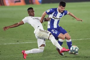 Real Madrid avanza firme hacia el título