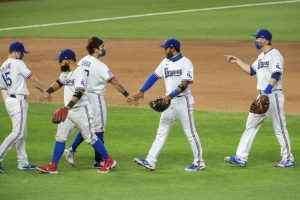 (#MLB) Rangers vencen a Rockies con un doble de Rougned Odor