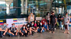 Venezolanos varados en Madrid retornarán al país en vuelo autorizado por Maduro