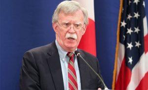 Bolton afirmó que el gobierno de Maduro se mantiene gracias al apoyo cubano y una parte del alto mando militar