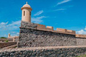 Realizaron trabajos de mantenimiento al castillo de San Carlos en Almirante Padilla