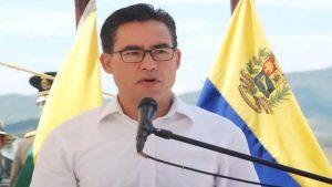 Dante Rivas informó que se detectó el primer caso de COVID-19 en preso de la PNB de Porlamar