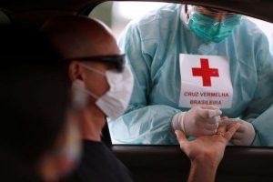 Brasil reporta 20.286 nuevos casos en el inicio de semana