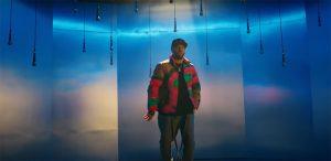 Valentino estrena su sencillo «Hola»