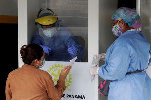 Panamá rebasa las 900 muertes por COVID-19 y acumula 45.633 contagios